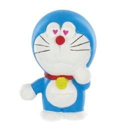 Figura Doraemon enamorado